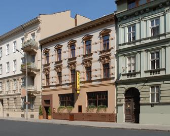 Hotel Arte - Brno - Building