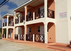 Manderley Villas - Near Crane Beach - Ocean City - Building