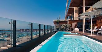روميو هوتل - نابليس - حوض السباحة