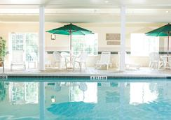 Country Inn & Suites by Radisson, Rocky Mount, NC - Rocky Mount - Pool