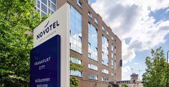 Novotel Frankfurt City - Fráncfort - Edificio