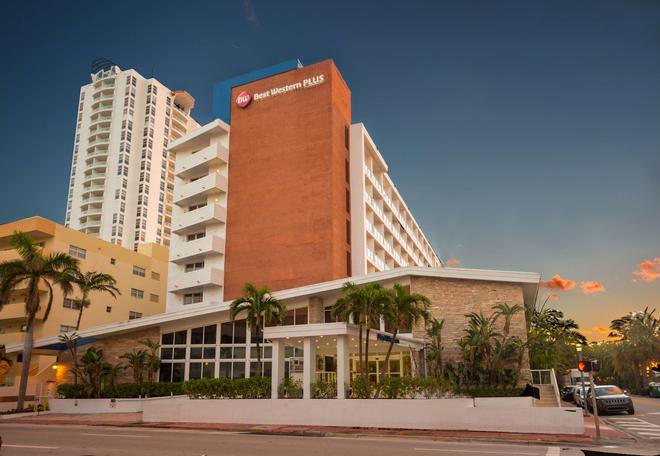 Best Western Plus Atlantic Beach Resort - Miami Beach - Edificio