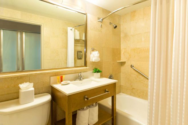 Best Western Plus Atlantic Beach Resort - Miami Beach - Baño
