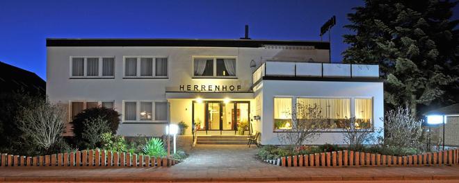 Hotel Herrenhof - Lyypekki - Rakennus