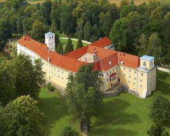 Zamek na Skale - Lądek Zdrój - Budova