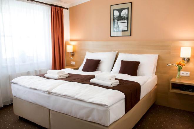 Karlin Hotel - Praha - Makuuhuone