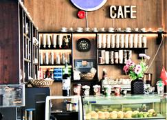 Al Dyafa Hotel Suites - Salala - Shop