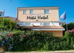 Meta Hotel - Santa Teresa Gallura - Rakennus