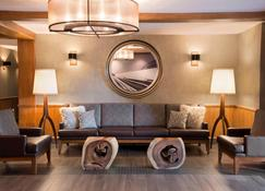 Residence Inn by Marriott Mont Tremblant Manoir Labelle - Mont-Tremblant - Lounge