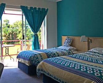 Pacific Garden Hotel - Forresters Beach - Bedroom