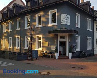 Hotel & Restaurant Schützen - Rastatt - Building