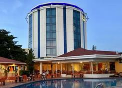 Pegasus Hotel By The Waterfront - Georgetown - Edifici