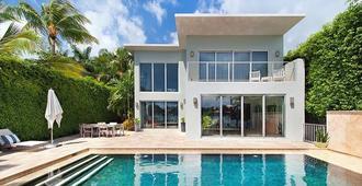 Villa Mercy - Miami Beach