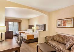 Comfort Suites - Moses Lake - Bedroom
