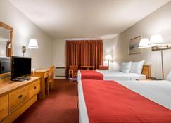 Rodeway Inn - Лейк-Плэсид - Спальня
