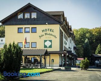Hotel Alte Viehweide - Helferskirchen - Building