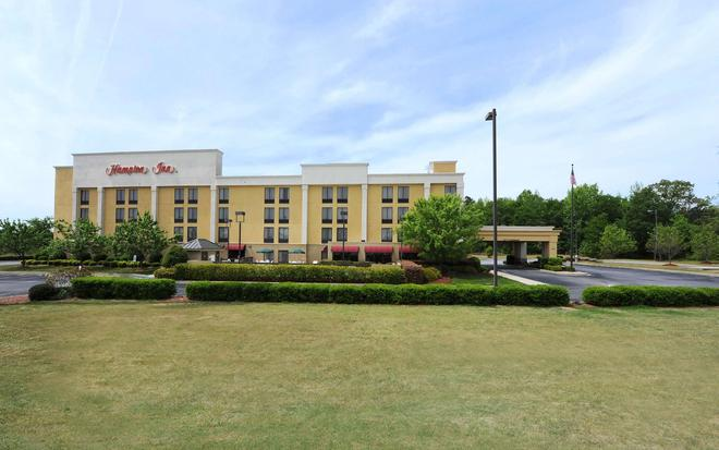Hampton Inn Spartanburg/North I-85 - Spartanburg - Building