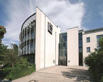 NH München Unterhaching - Mnichov - Building