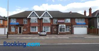 South Fork Guest House - Leicester - Building