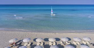 Vivosa Apulia Resort - Ugento - Strand