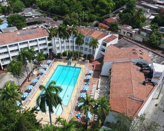 Hotel Bachue Girardot - Girardot - Pool