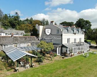 Great Trethew Manor Hotel & Restaurant - Liskeard - Gebäude