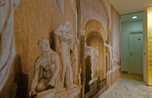 The Classic Roma - Rome