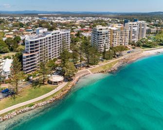 Ramada Resort by Wyndham Golden Beach - Golden Beach