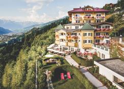 Hotel Alpenschlössl - Sankt Johann im Pongau - Rakennus