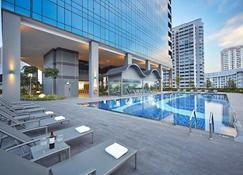 Hotel Boss (Sg Clean) - Singapur - Piscina
