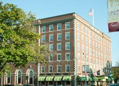 Hawthorne Hotel - Salem - Building
