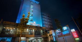 Maple Hotel Jakarta - Jakarta - Byggnad