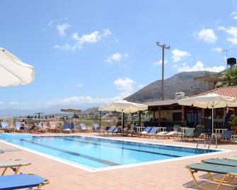 Frida Village - Piskopiano - Pool