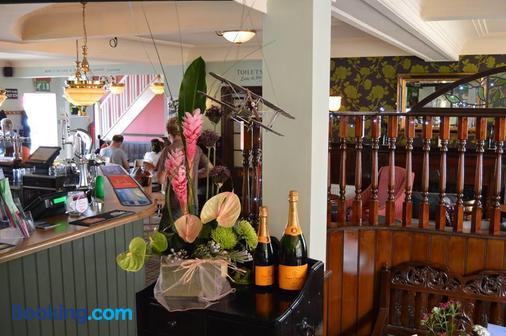 The Pilot Inn - Eastbourne - Bar