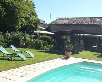 The Attic - La Chapelle-Moulière - Pool