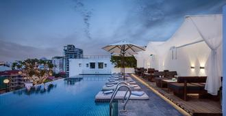 Patio Hotel & Urban Resort - Phnom Penh - Pool