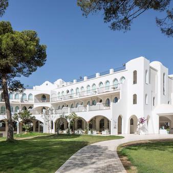 Falkensteiner Resort Capo Boi - Villasimius - Toà nhà