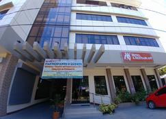 Wmv Hotel & Restaurant - Infanta - Building