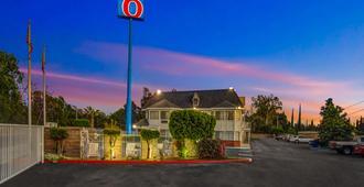 Motel 6 Fresno - Belmont Ave. - Fresno - Building