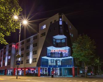 Dormero Hotel Zürich Airport - Opfikon - Building