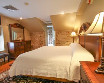 Joseph Ambler Inn - North Wales - Bedroom