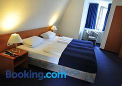 Hotel Haus Reichert - Baden-Baden - Bedroom