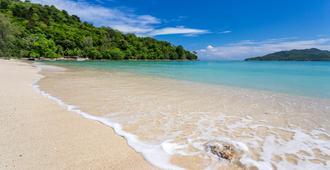 Rosewood Phuket - Patong - Beach