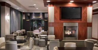 Residence Inn by Marriott Memphis Downtown - ממפיס - טרקלין