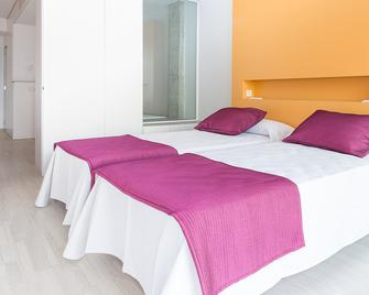 Ebano Select Apartments - Adults Only - Sant Jordi de ses Salines - Schlafzimmer