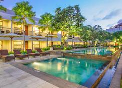 Amadea Resort & Villas - Κούτα - Πισίνα