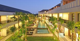 Amadea Resort & Villas - Kuta - Edificio