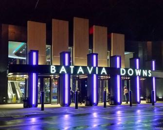Hotel at Batavia Downs - Batavia - Building