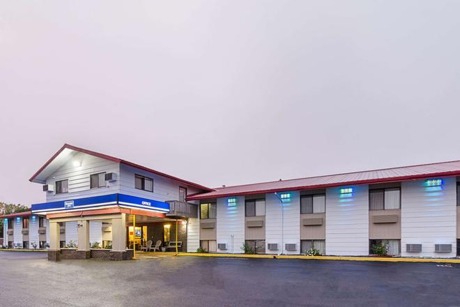 Rodeway Inn - Mitchell - Edificio