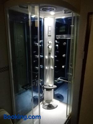 Maxy's Inn Hotel & Suite - Lima - Bathroom